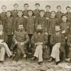 Васил Дудев со учениците и учителите од Битолската прогимназија.