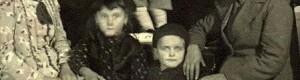 Ќерките од Милан и Рајна Спуренковци со внуците, 1939...