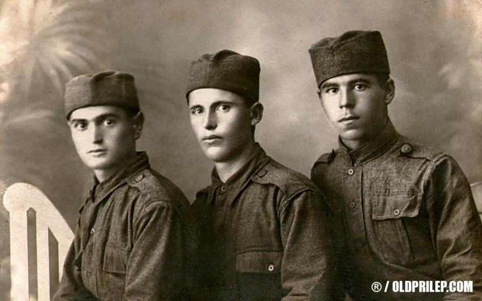 1926: Пано Бакало (Средина) како војник во војската на СХС...