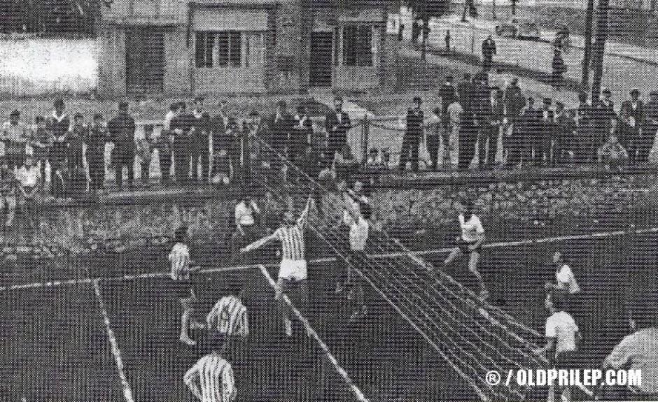 """1950: Натпревар помеѓу ОК """"11 октомври"""" и ОК """"Железничар"""" од Титов Велес, одигран во Скопје"""