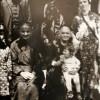 Петре и Марија Синопере со семејството...