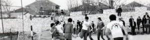 Мал фудбал кај игралиштето од Работничкиот универзитет.