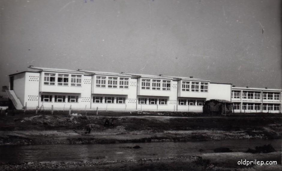 """1959/60: ОУ """"Кире Гаврилоски-Јане"""" по изградбата"""