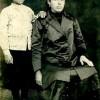 1924 година... Живко со неговата мајка Марија...