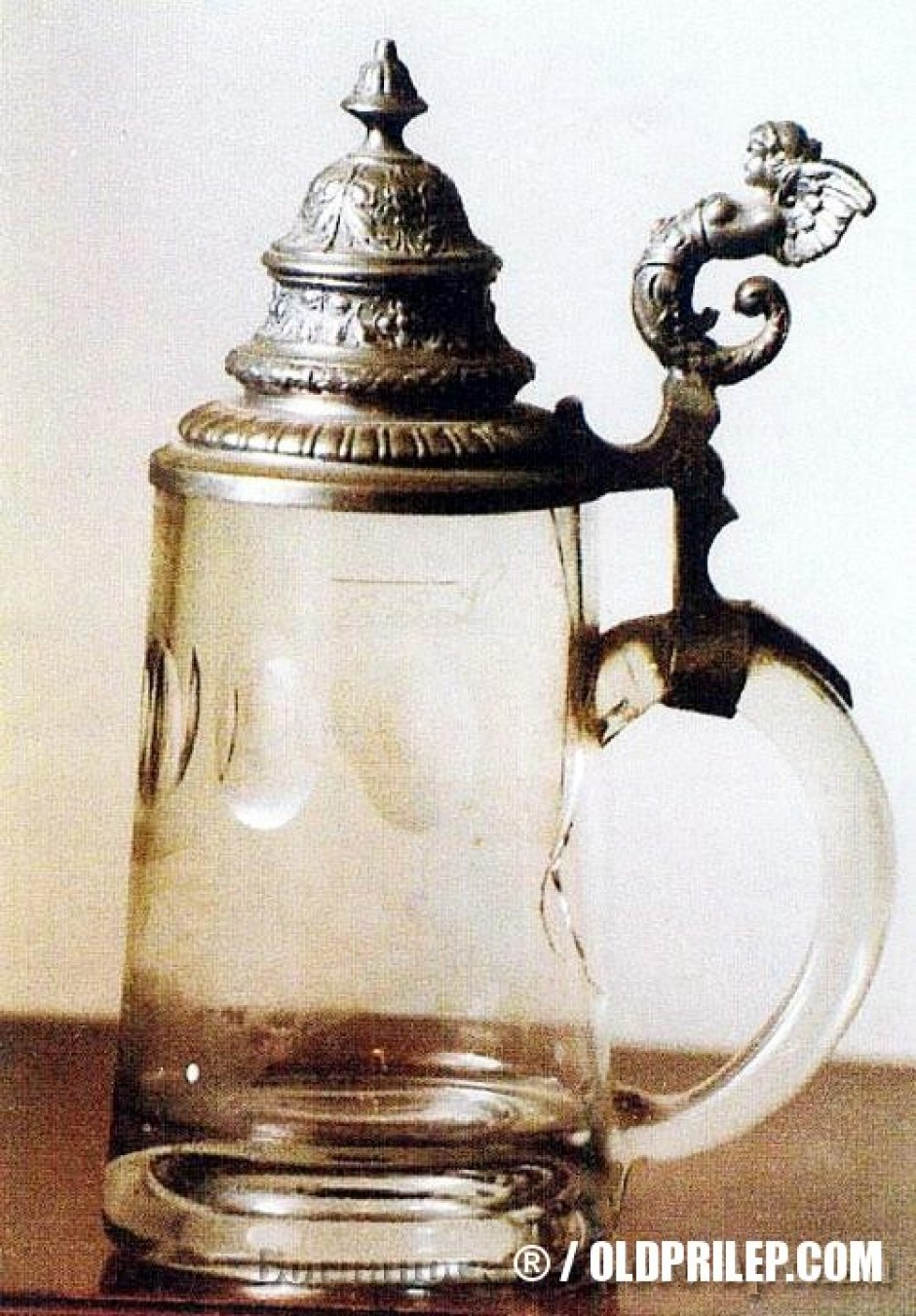 Кристалната чаша на Алекса Димов Бабов.
