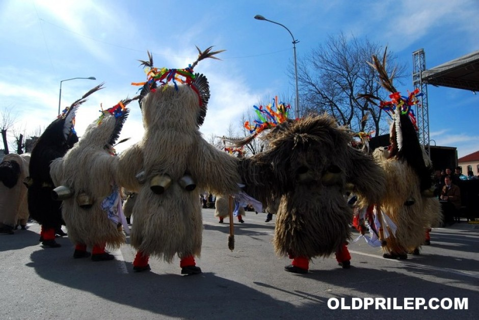 2009: Учесници од Словенија на Прилепскиот карневал...