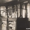 30-те години од минатиот век: Аптека во Прилеп...