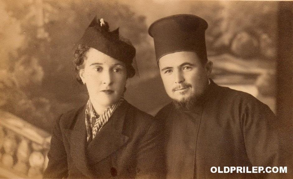 Прота Петре Дуков Николоски со презвитерата.