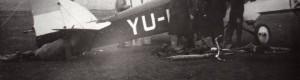Прилепчани сликани пред школски тренажен авион Fizir FN, во годините пред Втората светска војна.