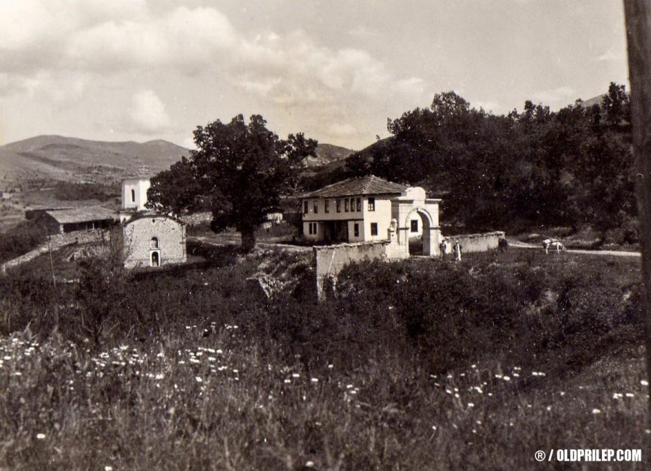 Мелничкиот манастир околу 1930 година.