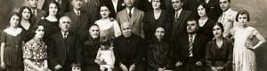 1934: Фамилијата Башевци по повод доаѓањето на внукот и братучед Васил Дундов од Америка