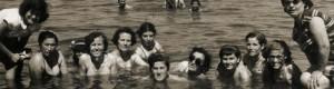 1954: Прилепчанки на летовање во Дојран...