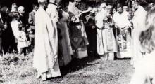 Осветувањето на црквата во Смолани во 1972 година.