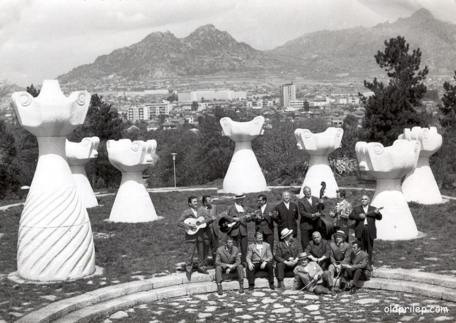 """Мај 1972: """"Распеани Прилепчани"""" на снимањето на серијалот  """"Распеани градови"""""""